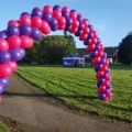 Race marker balloon arch
