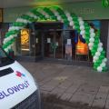Specsavers balloon arch