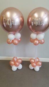 Smaller globe balloons