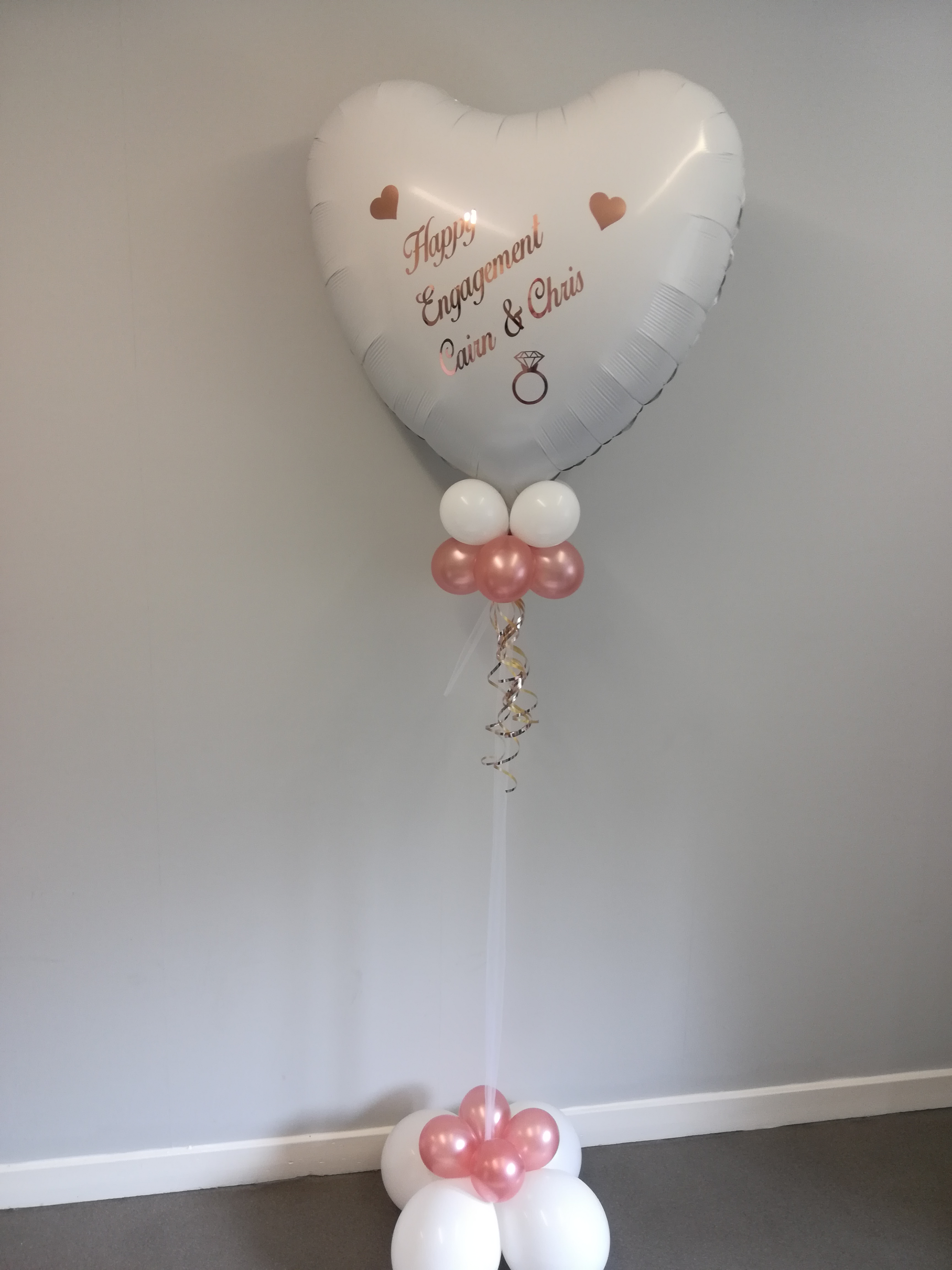 HAPPY BIRTHDAY LARGE FOIL BALLOON  FLOOR  DISPLAY PERSONALISED CIRCLE